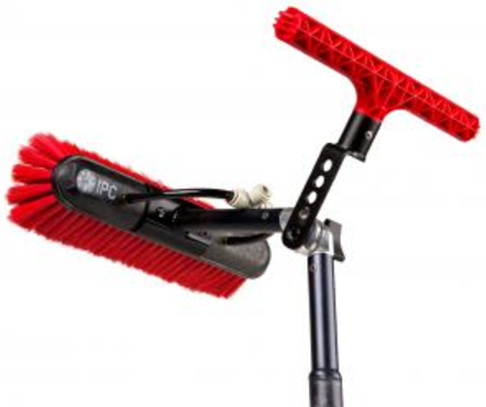 IPC Eagle Back Scrub T Bar Mounted to Speed Brush Assembly