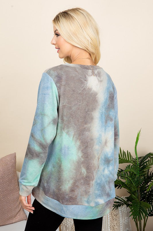 Wave on Wave Tie Dye Sweatshirt in Blue/Green