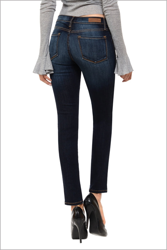 The Jennifer Mid Rise Skinny Jean - MIA Boutique LLC