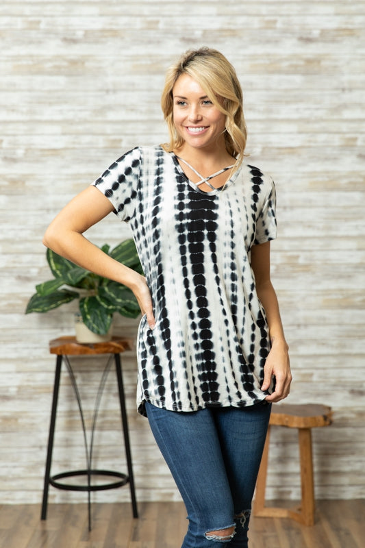 Here's to Hue Tunic in Black - Curvy - MIA Boutique LLC