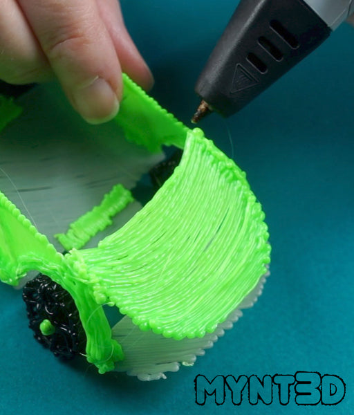 3D pen car project allows you to make a custom vehicle using the free template stencil from MYNT3D | Fun craft project for kids and learning activity for tech design