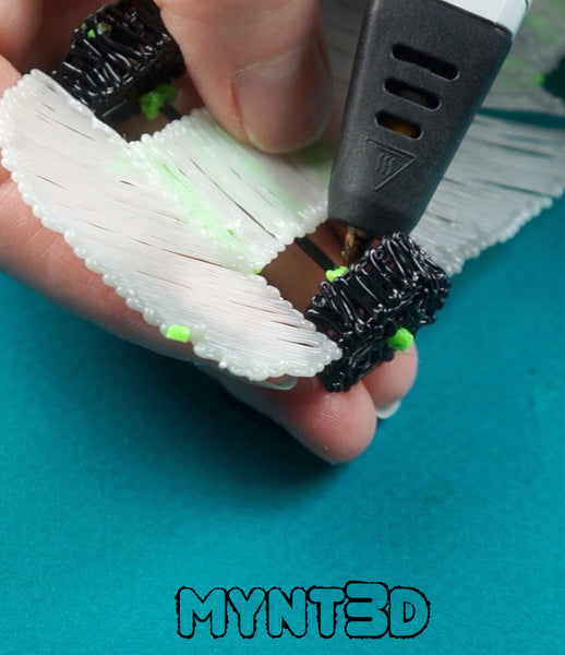 3D pen car with rotating wheels - free template stencil from MYNT3D to customize your ride! Great gift for men and boys.