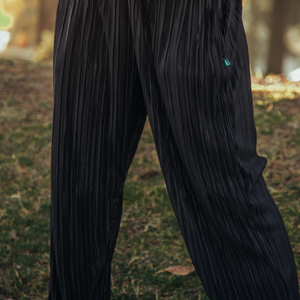 Pleated High Waisted Elastic Pants // Sheen Black