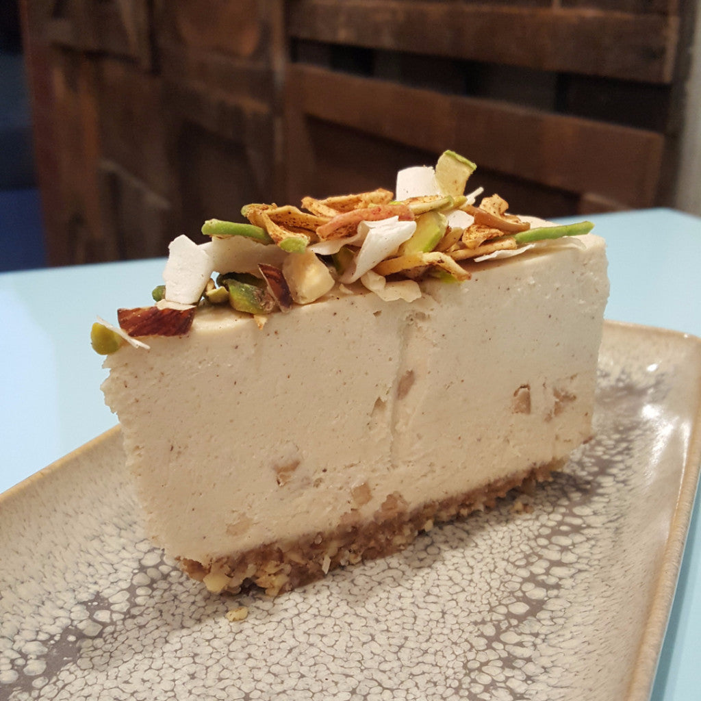Apple Crumble - Raw Trader Cafe