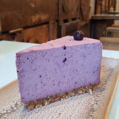 Blueberry Cheesecake - Raw Trader Cafe