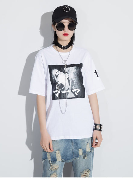 Gaphic Chain Neck Tee (White)