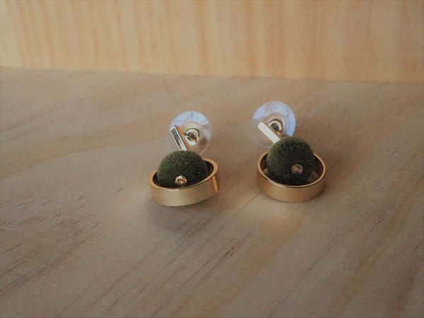 Greenie Flux Round Earrings