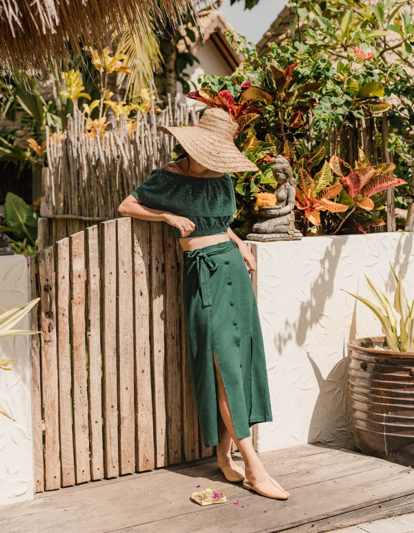 Inspired by Bali's natural landscape, lush gulleys and culture, The Uluwatu Collection strikes the perfect balance between style and comfort, and minimalism and intricacy.