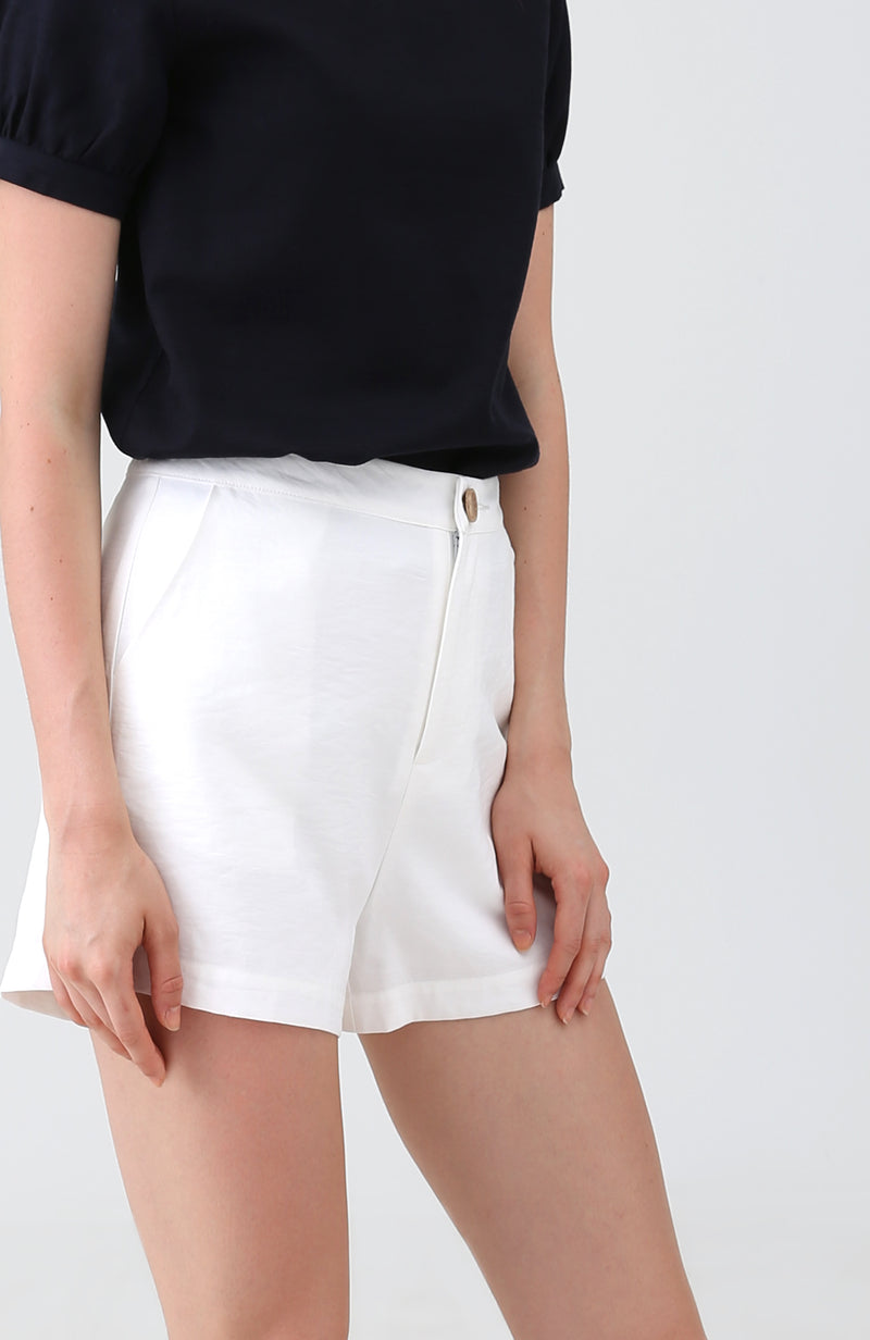 [Back in Stock] Eulala Basic Shorts in White