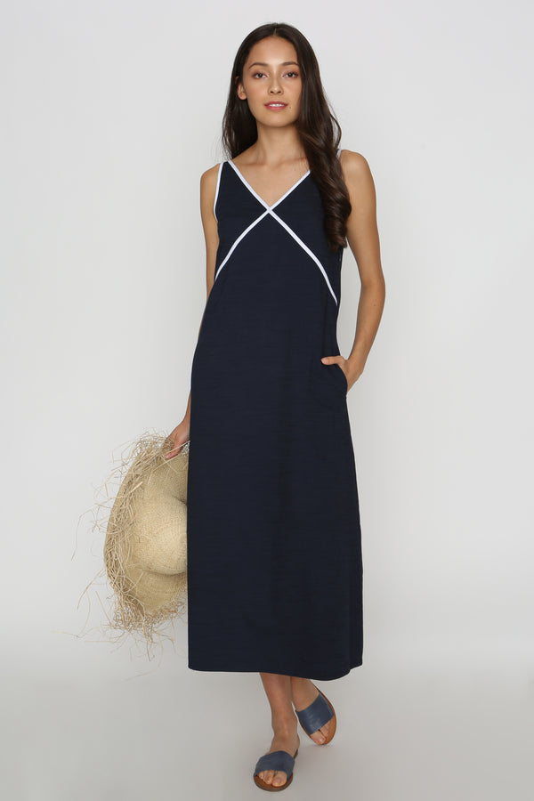 Ipo Contrast Maxi Dress in Navy Blue