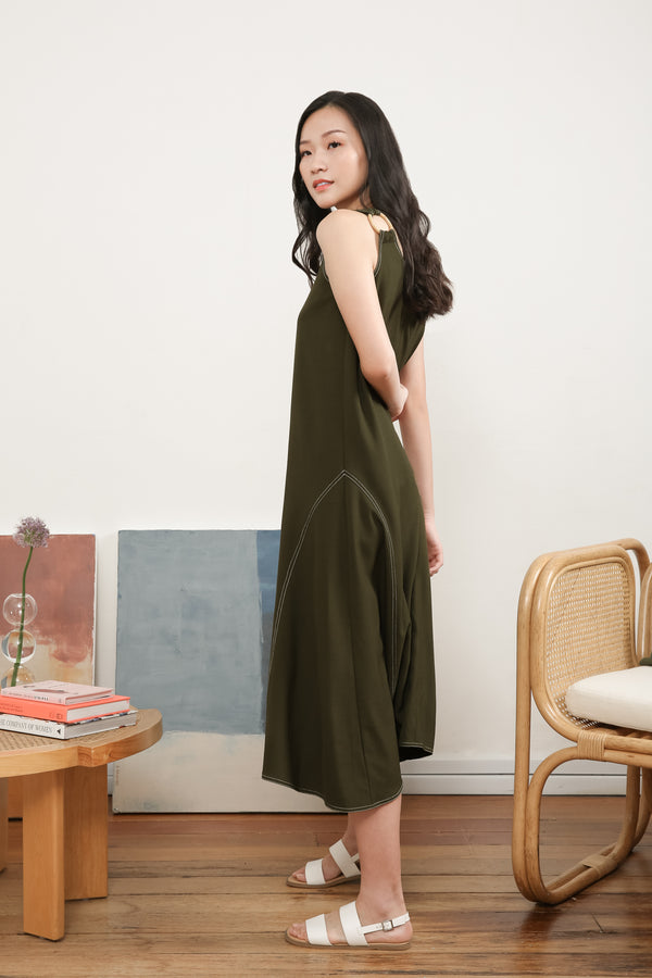 Anna Sleeveless Midi Dress In Green