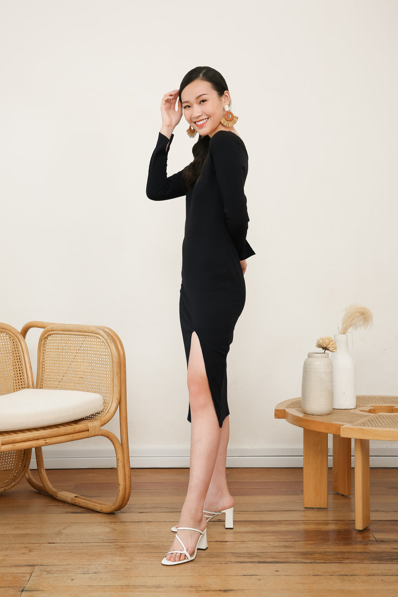 Laura Long Sleeve Knit Dress