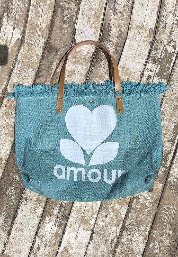 Paris Amor Sack Bag