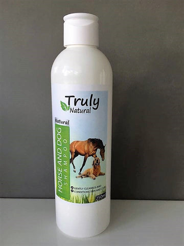 wholesale Truly Natural horse & dog shampoo 250ml - Truly Natural ointment