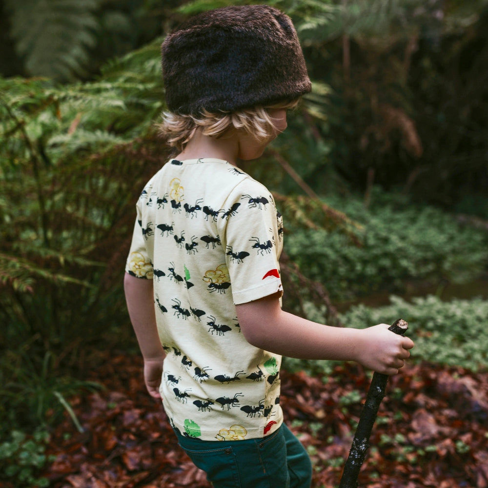 Kids-Boys-Girls-Summer-Organic-cotton-tshirt-tee-ants-print-yellow