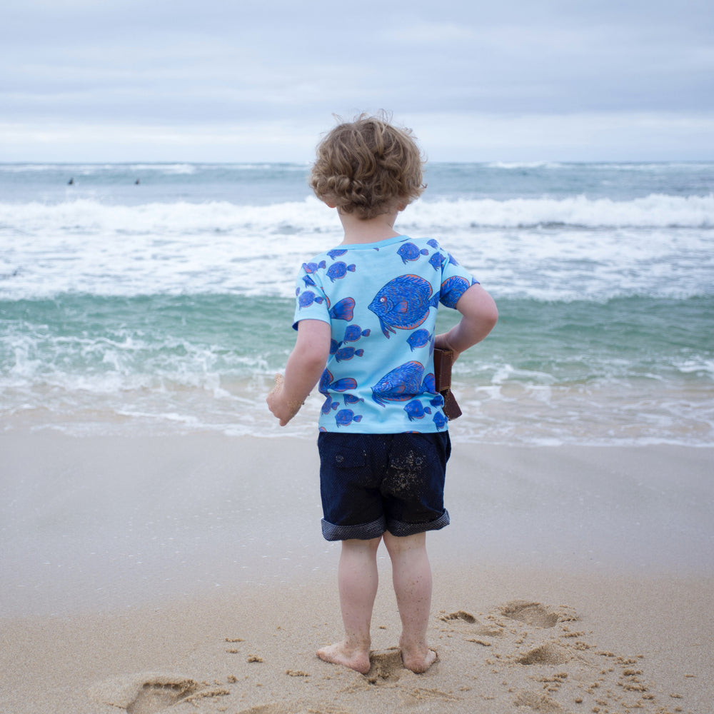 Summer-organic-cotton-kids-boy-girls-tshirt-tee-fish-ocean-print-blue