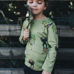 Fitted top - Lulu the monkey on tarragon green
