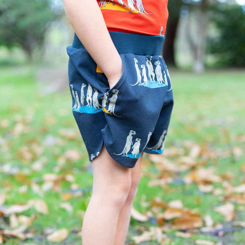 Scallop shorts - Bizzybuddies Meerkats on carbon