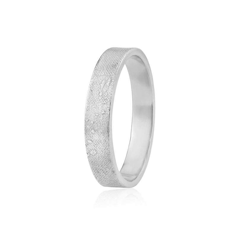 Footprints in the Sand Wedding Ring in White Gold/Platinum