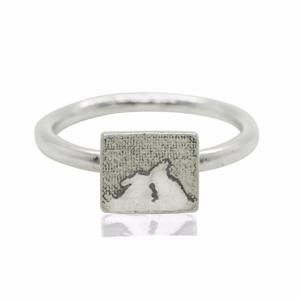 Kissing Bunny Rabbit Ring