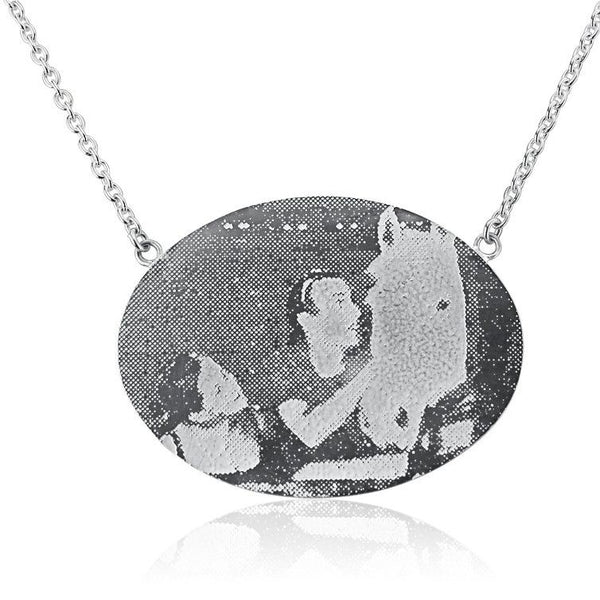 Personalised Oval Photo Necklace (landscape)