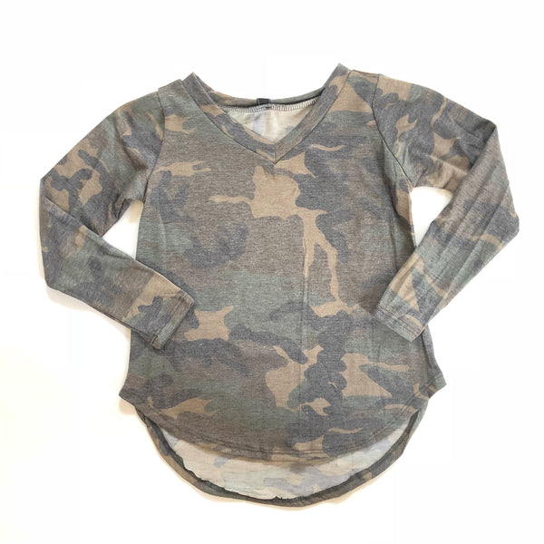 Hi/Low Camo Top