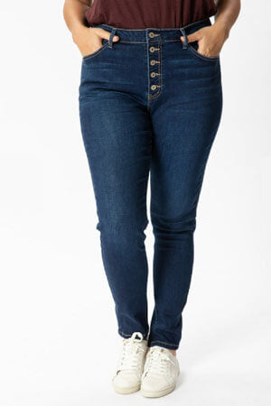 high rise jeans with sneakers