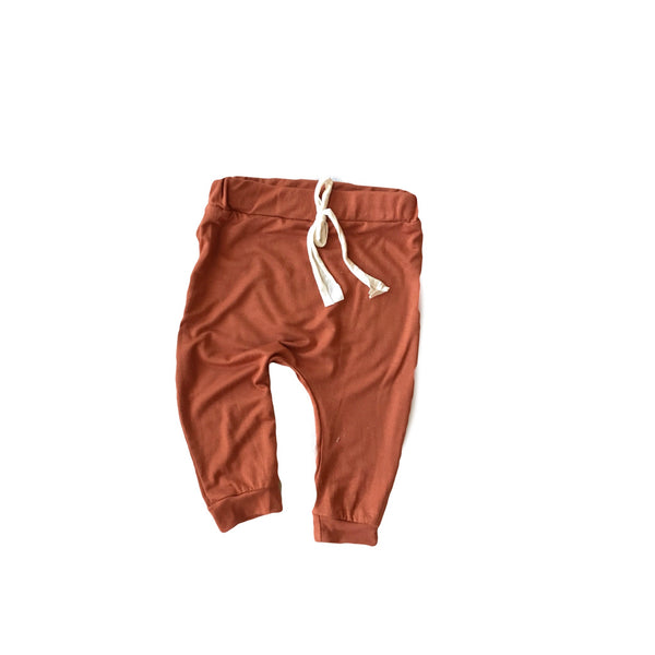 Easy Pant in burnt orange