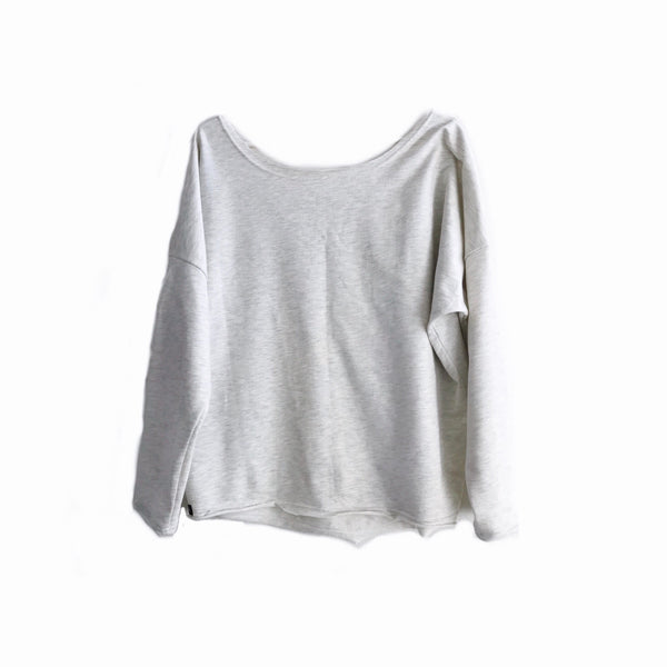 Women's slouch pullover in Snow