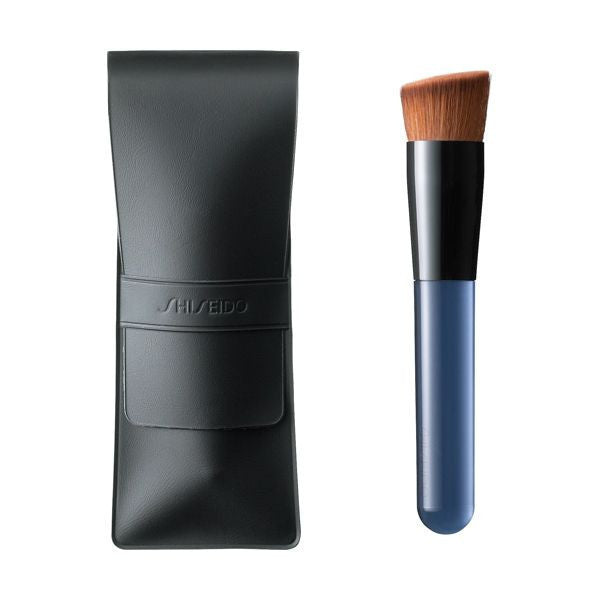 SHISEIDO Professional Grade Perfect Foundation Brush No.131
