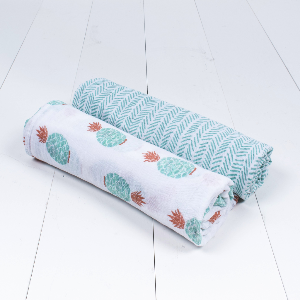 DELUXE MUSLIN SWADDLE SET OF TWO