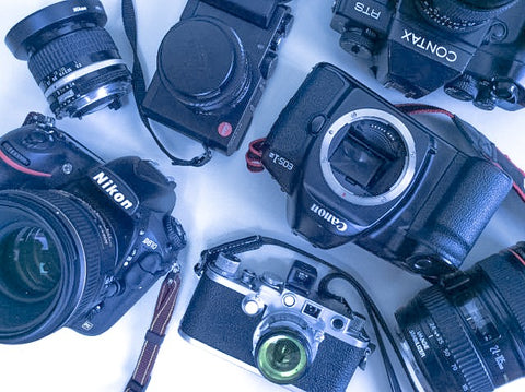 We buy your cameras & lenses – Photocreative Inc