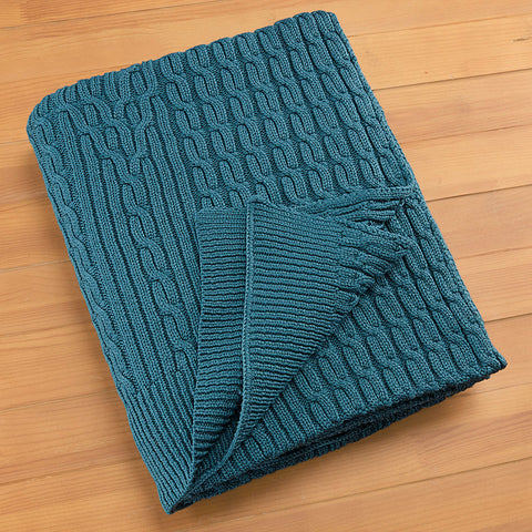 Outdoor Cable Knit Throw