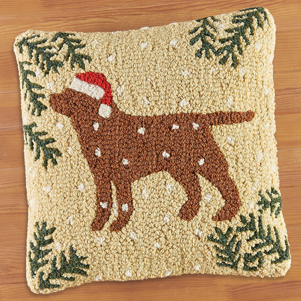 "Chandler 4 Corners 18"" Hooked Pillow, Christmas Chocolate Lab"