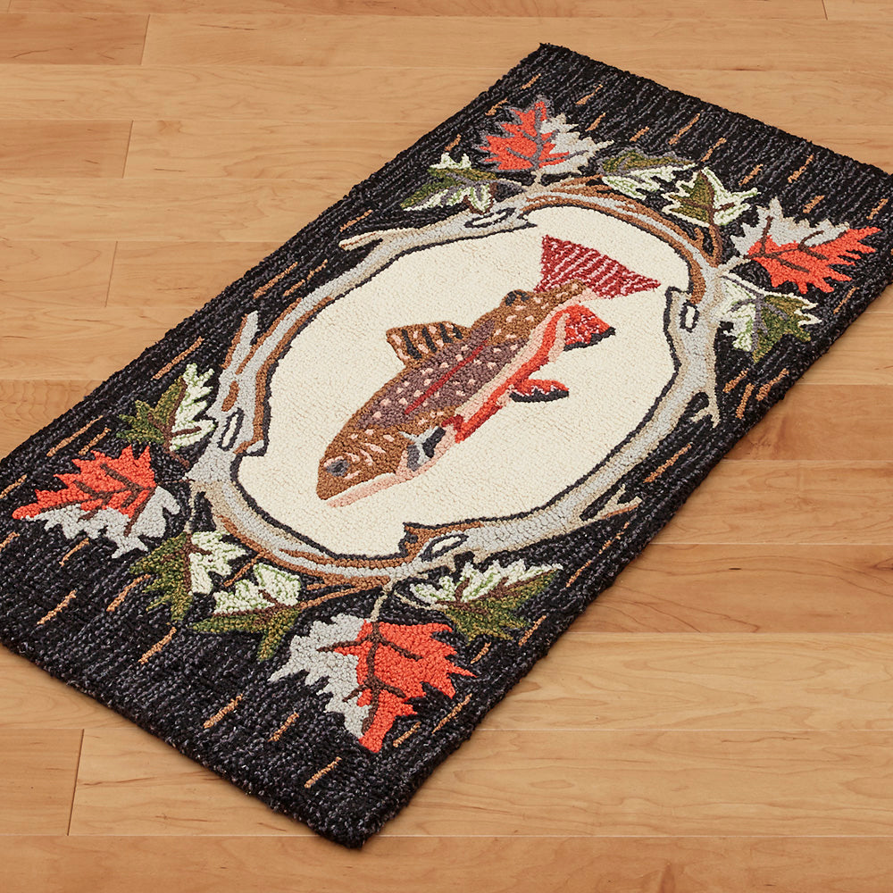 Chandler 4 Corners 2' x 4' Hooked Rug, Maple Trout