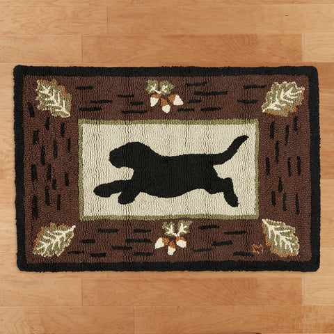 Chandler 4 Corners 2' x 3' Hooked Rug, Lab on Leaves