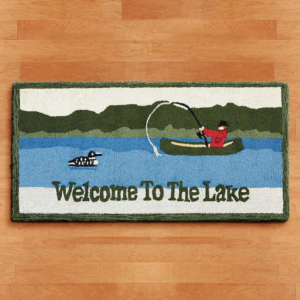 Chandler 4 Corners 2' x 4' Hooked Rug, Welcome to the Lake