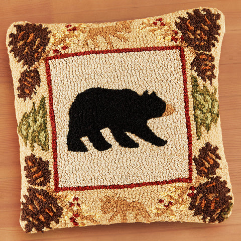 "Chandler 4 Corners 18"" Hooked Pillow, Northwoods Bear"