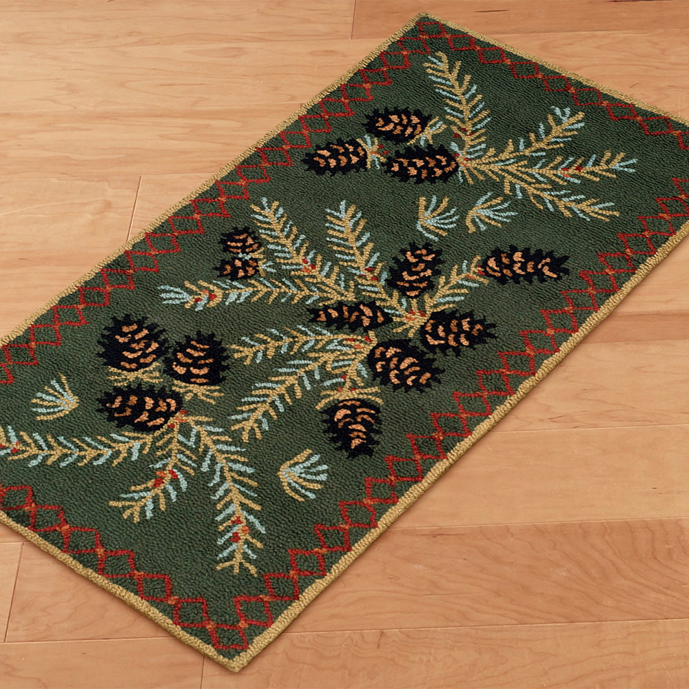 Chandler 4 Corners 2' x 4' Hooked Rug, Diamond Pinecone