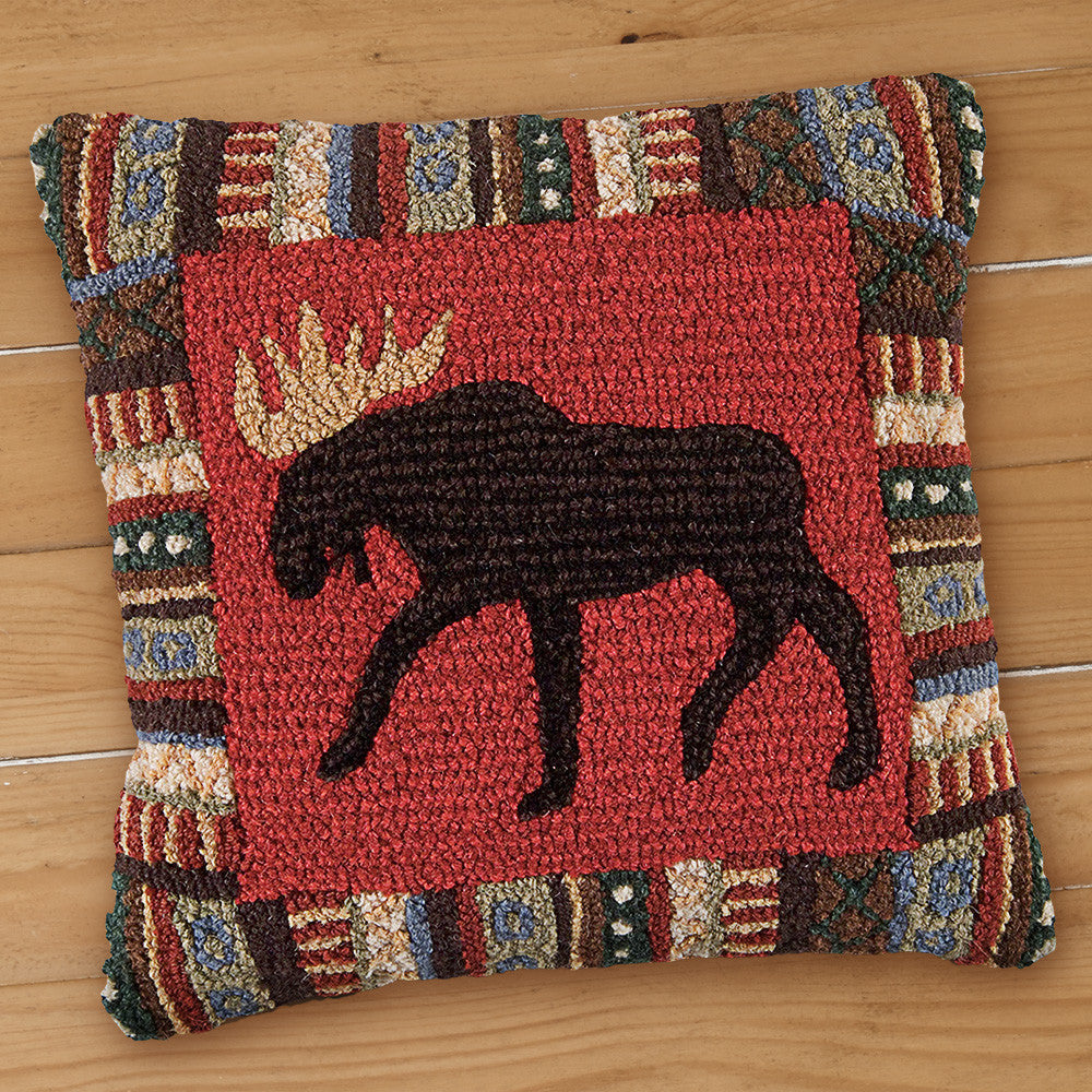 "Chandler 4 Corners 18"" Hooked Pillow, Cinnamon Moose"