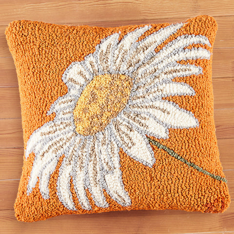 "Chandler 4 Corners 18"" Hooked Pillow, Daisy"