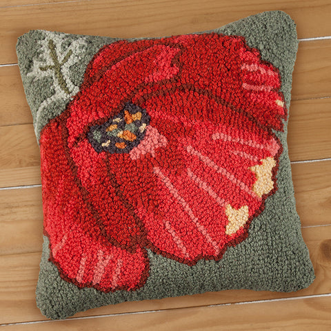 "Chandler 4 Corners 18"" Hooked Pillow, Poppy on Green"
