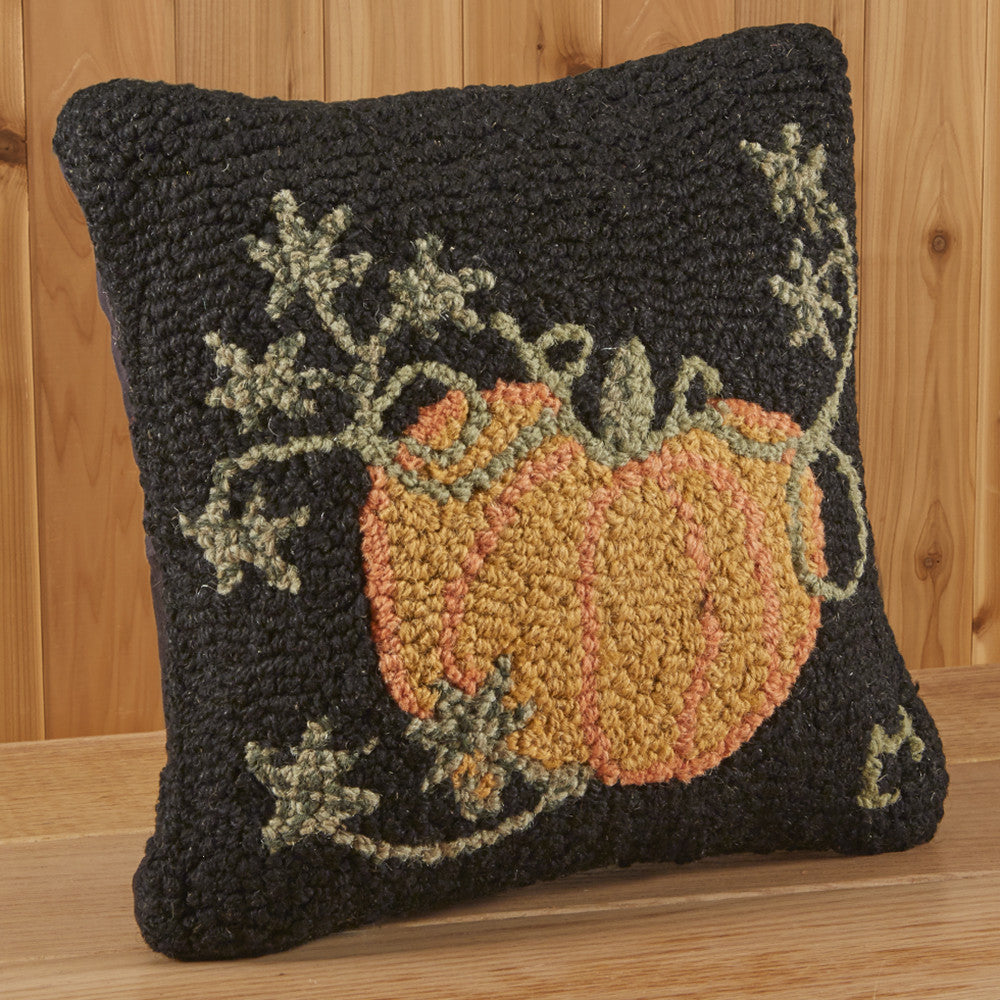 "Chandler 4 Corners 14"" Hooked Pillow, Cinderella Pumpkin"