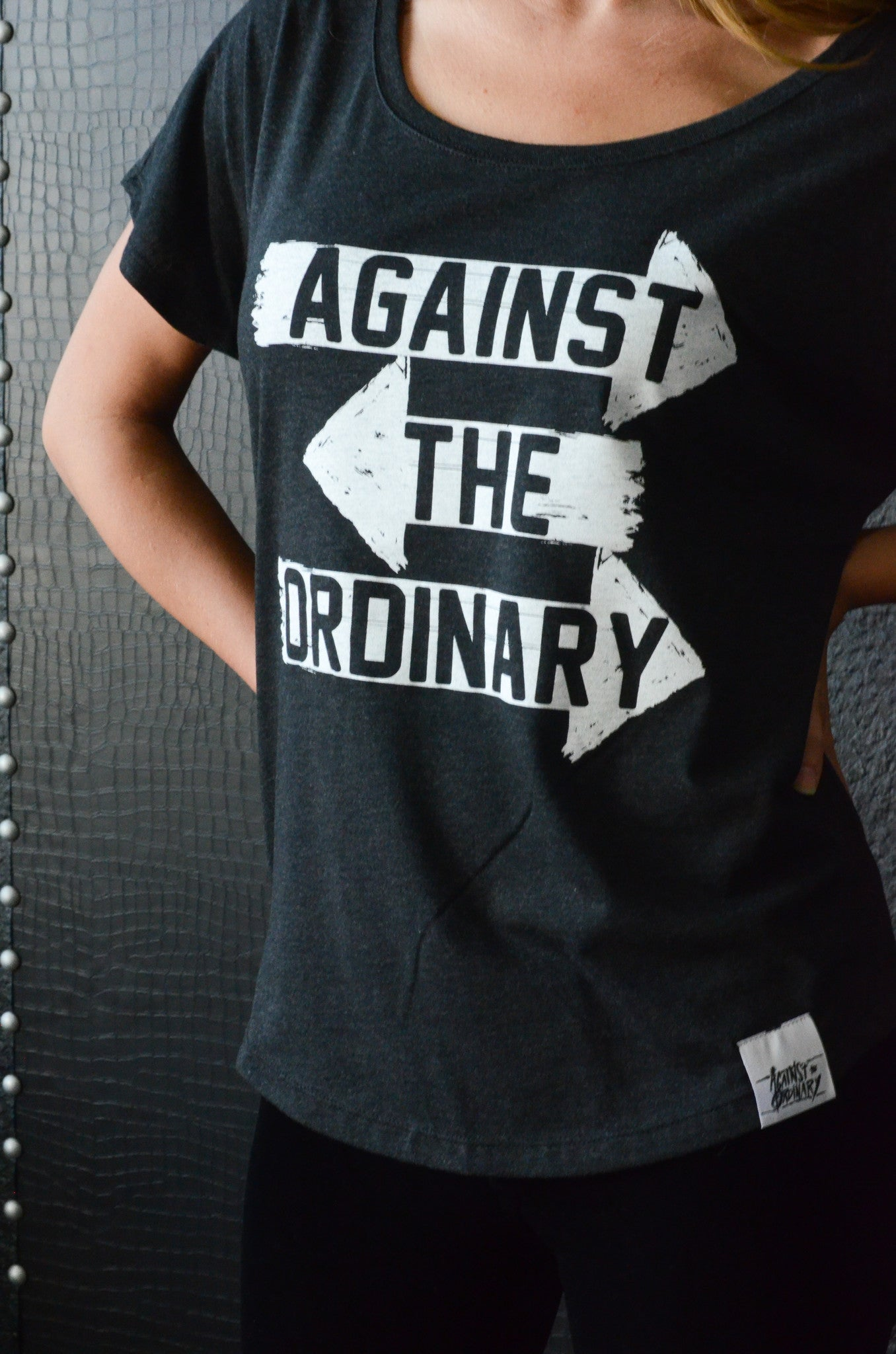 AGAINST THE ORDINARY Women's Short Sleeved Scoop Neck Tee with ARROW Graphic