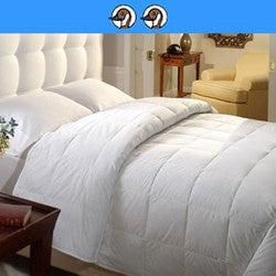 Lorient Lite: 300 Thread Count 100% Cotton 750 Fill Power White Down Comforter