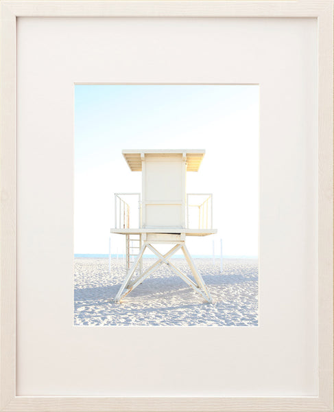 Lifeguard Tower in Pastel