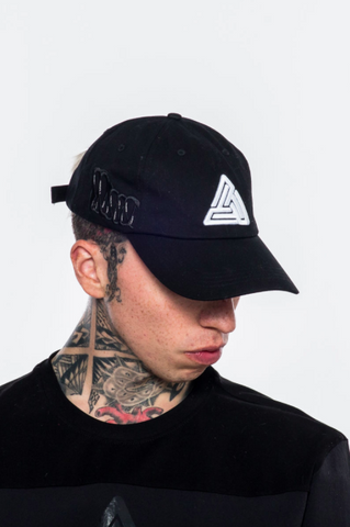 Black Pyramid Monster Teeth Dad Cap (BLACK)