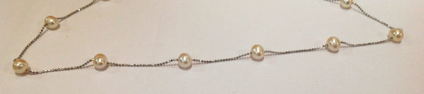 """Floating Clouds"" Freshwater Pearl and Sterling Silver Necklace - Klara Haloho - 3"