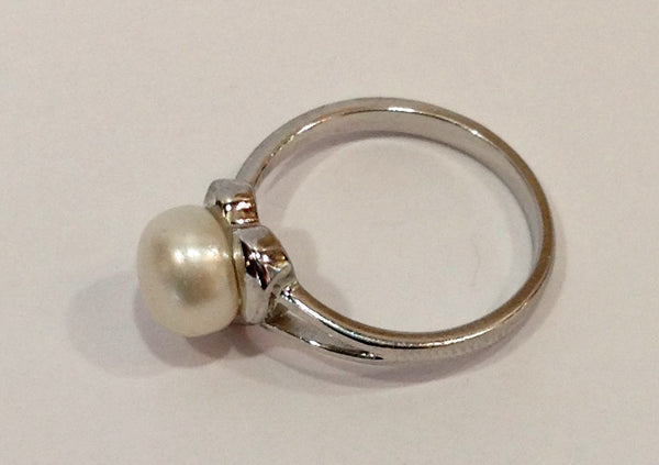 Freshwater Pearl and Sterling Silver Ring - Klara Haloho - 5