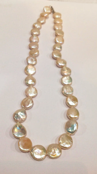 """The Classic Coin"" Freshwater Pearl Necklace - Klara Haloho - 2"
